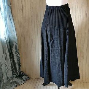 Black Linen Long skirt, EUC, Knit elastic waist